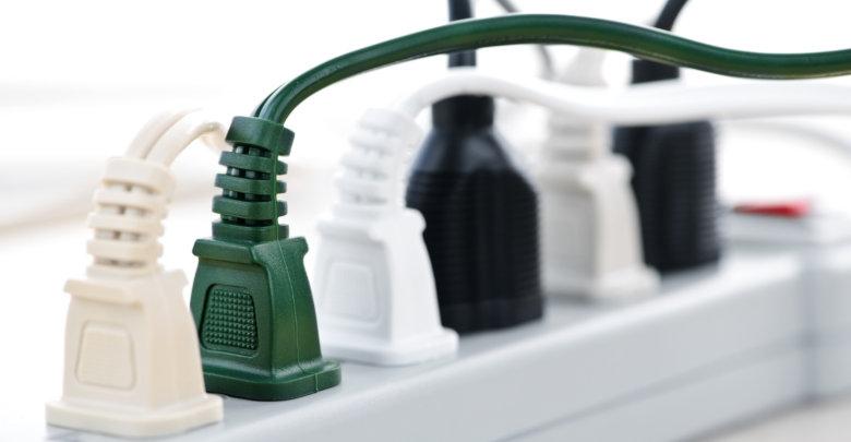 بهترین چند راهی و محافظ برق یخچال، ماشین لباسشویی و سایر لوازم