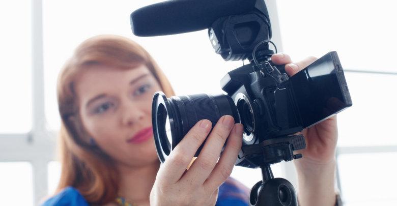 بهترین دوربین فیلمبرداری چی بخریم؟ +راهنمای خرید دوربین فیلمبرداری حرفه ای