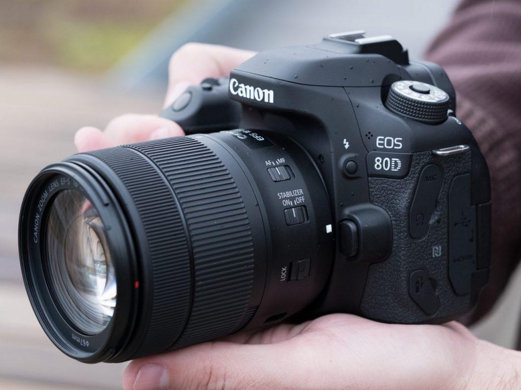 نقد و بررسی دوربین کانن 80D