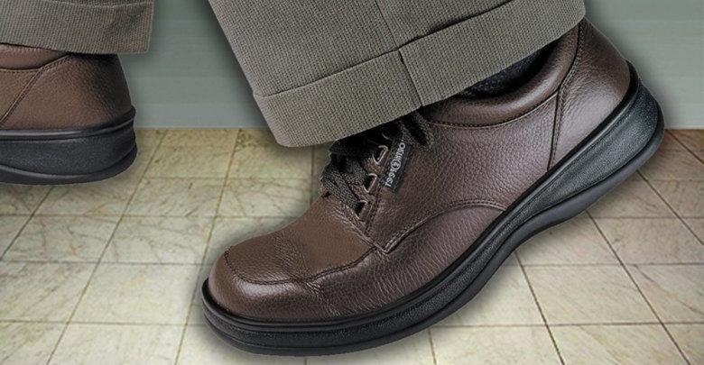20 مدل از بهترین کفشهای طبی مردانه با قیمت مناسب
