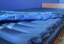 تصویر بهترین تشک مواج برای زخم بستر کدومه؟ (راهنمای خرید)